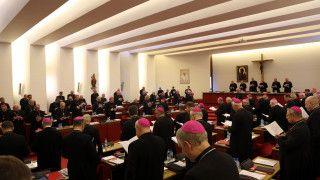 Biskupi opracują wytyczne nt.duszpasterstwa małżeństw