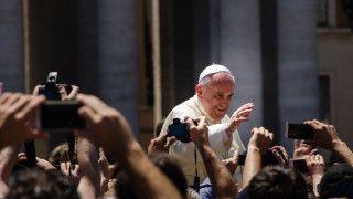 Papież Franciszek zagrał wfilmie samego siebie