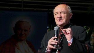 Kardynał Nycz: Ksiądz musi wychodzić iszukać ludzi