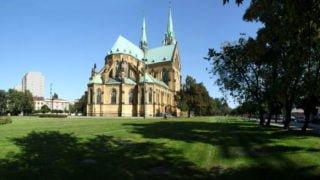 Łódź: Spacery Uzdrowienia wokół kościołów