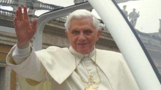 Benedykt XVI: Tęsknię doswoich stron rodzinnych