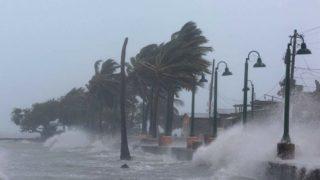 Grupa modlitewna prosi ooddalenie huraganu [WIDEO]