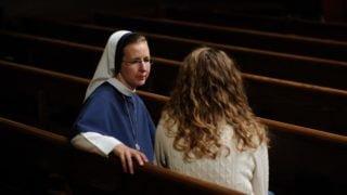 Jak rozmawiać zosobami podważającymi naszą wiarę?
