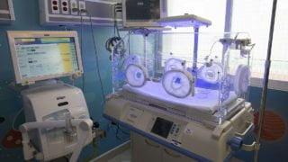 Rycerze Kolumba przekazali inkubator dla skarżyskiego szpitala
