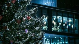 Bliskość, stół, czas zawieszony. Jak przeżyć Boże Narodzenie?