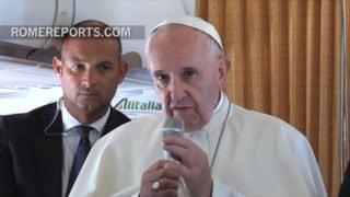 Franciszek dodziennikarzy: boję się wojny nuklearnej