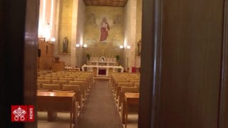 Papież zkurią rzymską oddziś narekolekcjach