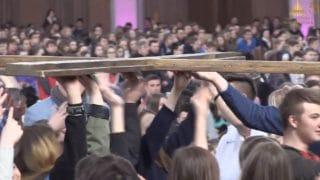 Diecezjalny Dzień Młodzieży – 5tys. młodych wŚwiątyni Opatrzności Bożej