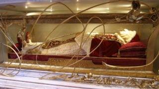 Ciało św.Jana XXIII opuści Watykan