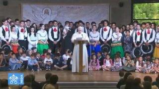 Papież odwiedził dziś wspólnoty rodem zDziejów Apostolskich