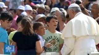 Franciszek spotka się zdziećmi zprzedmieść