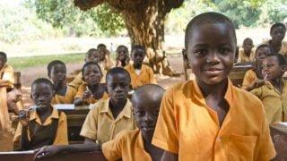 Zbiórka makulatury wKielcach pomogła misyjnej szkole wGhanie
