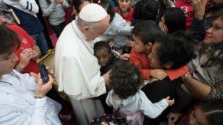 Wsobotę Franciszek spotkał się zdziećmi