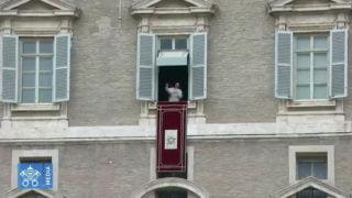 Franciszek: kiedy oddalasz się odJezusa, gubisz drogę