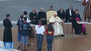 Franciszek odpowiedział napytania ministrantów