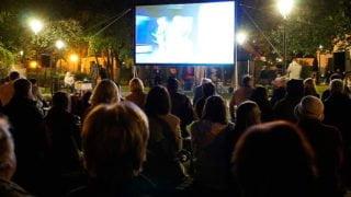 Wolontariusze misyjni uruchomili wKrakowie kino podchmurką