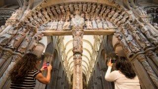 Santiago de Compostela: Portyk Chwały odnowiony