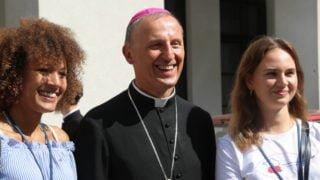 BpSolarczyk opowiadał naSynodzie olekcji religii wPolsce