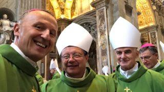 Abp Ryś: podczas synodu rozmawiajmy zmłodymi jak odmłodzić Kościół