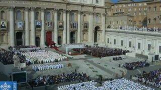 WWatykanie trwa Msza św.kanonizacyjna