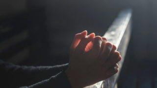 Módlmy się za13-letniego Kubę zLegnicy. Apel biskupa