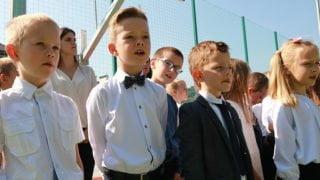 O11:11 dziś polscy uczniowie śpiewają hymn