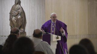 Franciszek: Adwent toczas dążenia dopokoju