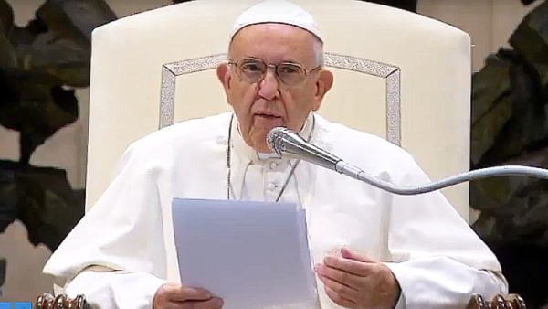 Franciszek: Pięćdziesiątnica toprzyjście Boga, pociągającego nas ku sobie