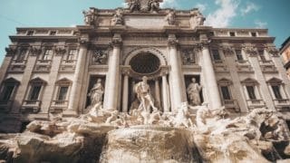 Monety zrzymskiej Fontanny di Trevi niebędą już wspierać potrzebujących
