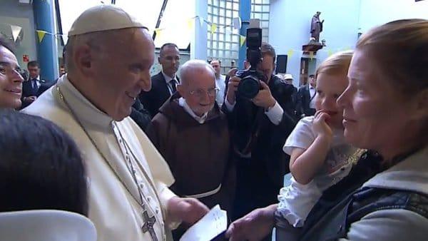 Przedwyruszeniem doEmiratów papież odwiedzi bezdomnych