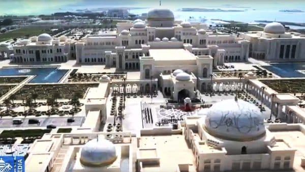 Emiraty: Kościół cudzoziemców dla cudzoziemców