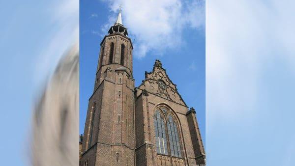 Katedra wUtrechcie wystawiona nasprzedaż, diecezjanie protestują