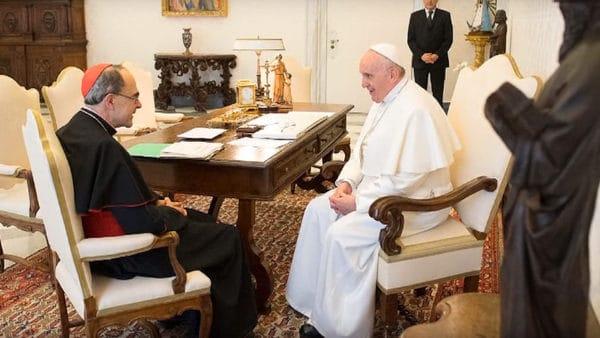 Arcybiskup Lyonu zrezygnował zfunkcji. Czasowo