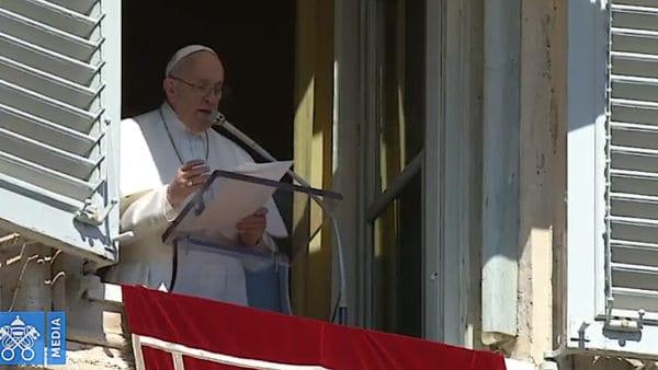 Franciszek: nieprzyjmujmy Eucharystii rutynowo