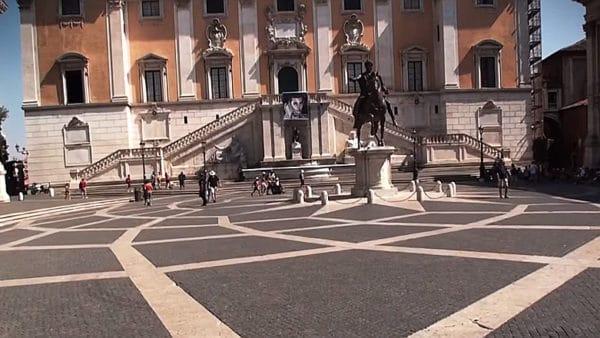 Papież poraz pierwszy odwiedzi władze miejskie Rzymu