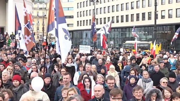 Narodowy Marsz Życia przeszedł ulicami Warszawy