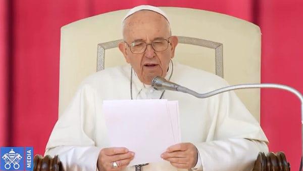 """Franciszek: """"Ojcze nasz"""" uczy nas przeżywania Triduum"""