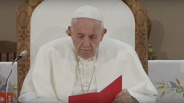 Franciszek spotkał się zduchowieństwem Macedonii