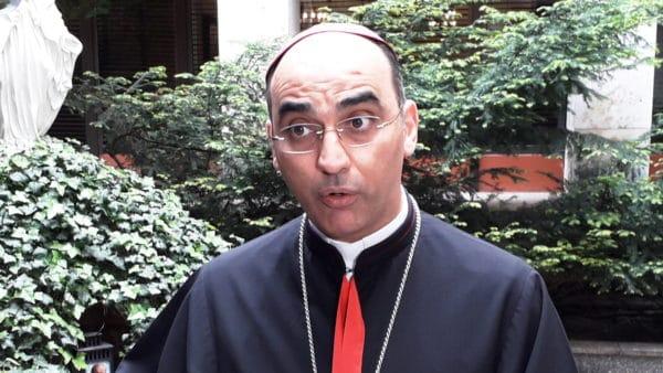Porwany wIraku biskup gości wPolsce