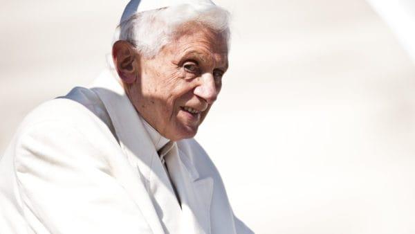 Watykan dementuje informacje orzekomym udarze Benedykta XVI