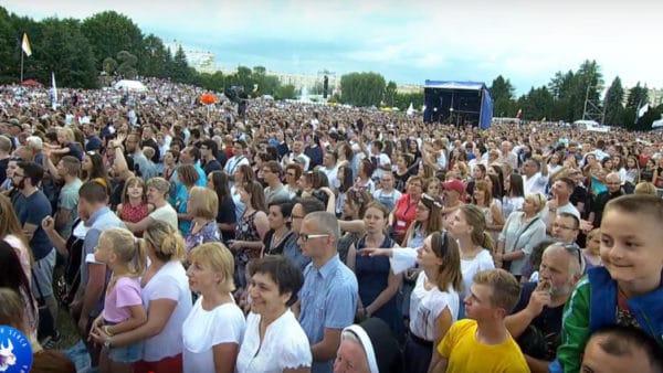 50 tys. osób nawielbieniu wRzeszowie