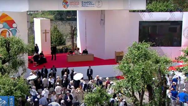 Papież dziś wNeapolu naKongresie Teologicznym