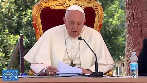 Franciszek zaapelował wNeapolu orozwijanie teologii dialogu iakceptacji