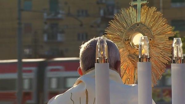 Franciszek: Bóg chce byśmy byli błogosławieństwem idarem
