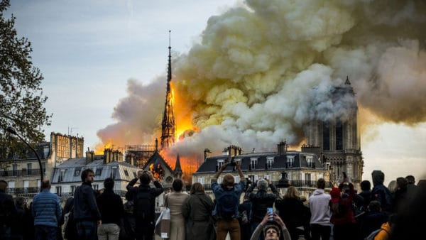 Tylko38 mln euro wpłynęło naodbudowę katedry Notre-Dame