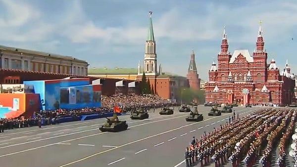 Rosyjska Cerkiew rezygnuje z błogosławienia dużej broni